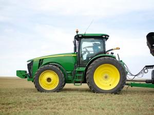 Žalias traktorius